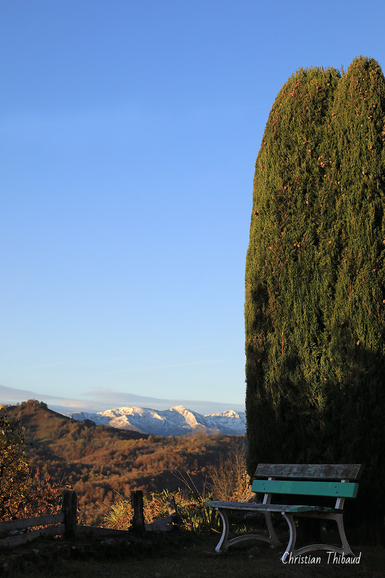 Aspirer à l'azur ... (Roquefixade) (Ariège)