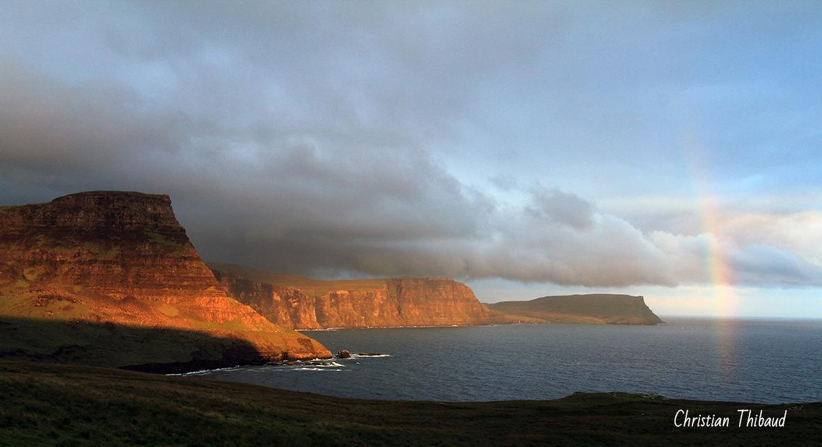 Et les falaises s'embrasèrent … (Ecosse)