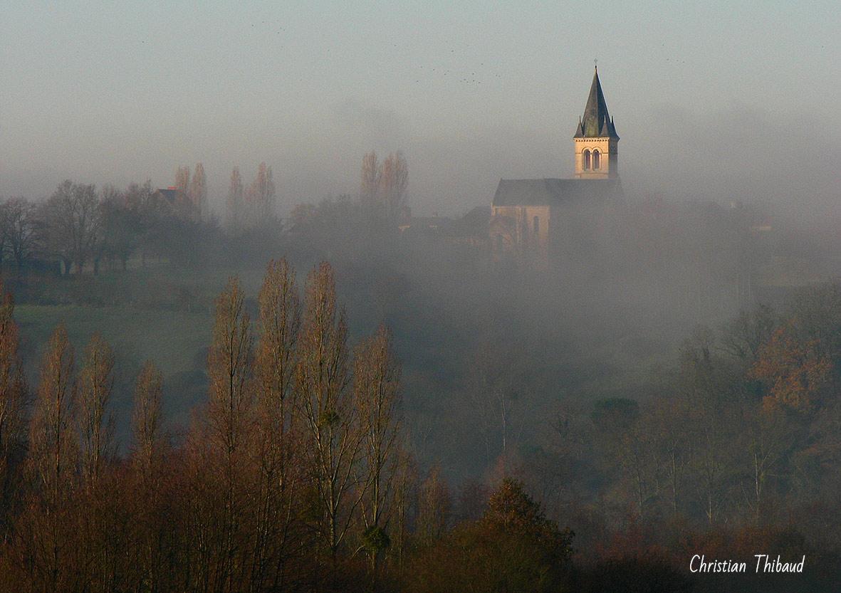 Géant de brume ...