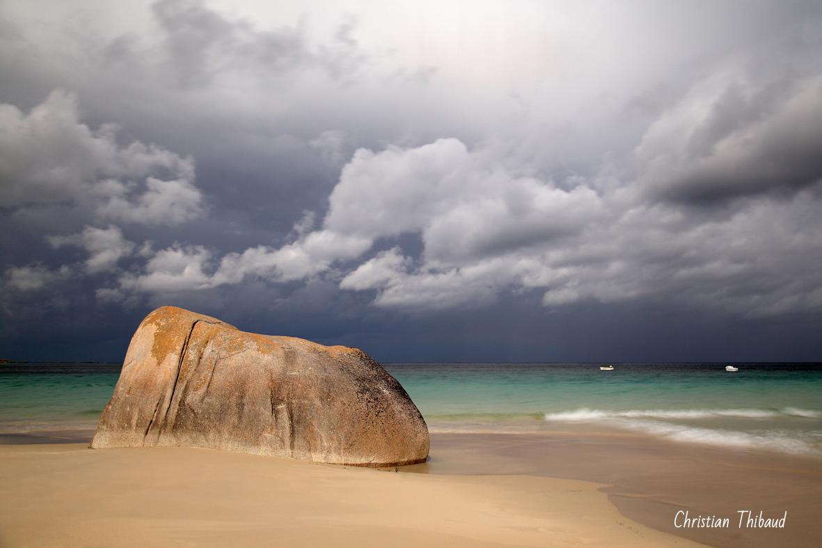 Le roc qui se rêvait cachalot ...